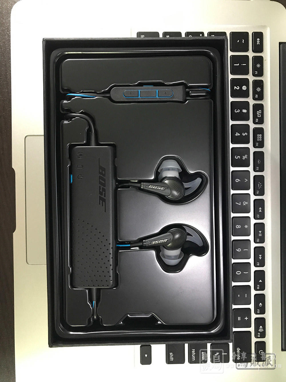 Bose QuietComfort QC20耳机主体